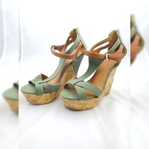 Shoedazzle Wedges Olive Green 9